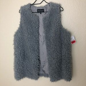 Silver Faux fur sweater vest